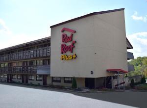 Red Roof Inn PLUS+ Pittsburgh East - Monroeville - Hotel