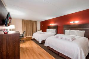 Red Roof Inn PLUS+ & Suites Knoxville West - Cedar Bluff - Hotel - Knoxville