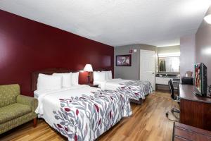 Red Roof Inn & Suites Wilson