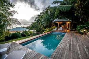 Red Coconut Self Catering with Swimming Pool