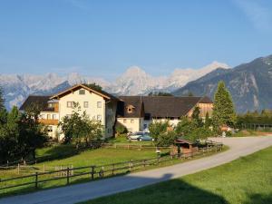 Pension Lindbichler - Hotel - Vorderstoder