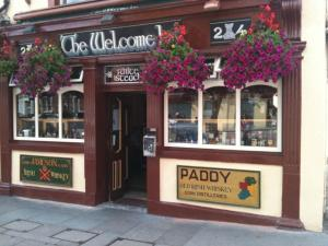 Creedons Traditional Irish Welcome Inn B&B - Cork