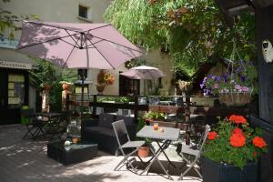 . Hotel & Restaurant Le Chalvet