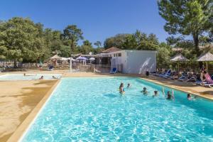 Location gîte, chambres d'hotes Domaine Résidentiel de Plein Air Odalys Monplaisir dans le département Charente maritime 17
