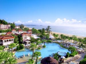 Centara Grand Beach Resort Phu..