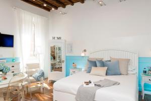 Capo Le Case, Romantic Flat near Spanish Steps - abcRoma.com