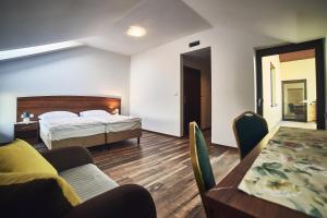 Hotel AB