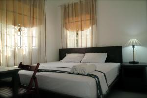 Queen Room with Shared Bathroom Santo Domingo Bed and Breakfast