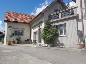 BnB Comfort House Lostorf - Olten, 4654 Lostorf