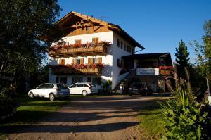 Pension Villa Mahlknecht, Гостевые дома  Eggen - big - 1
