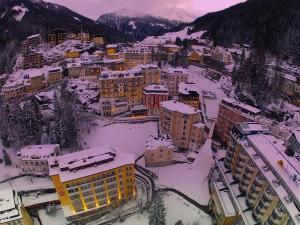 Hotel Salzburger Hof, Hotel  Bad Gastein - big - 45