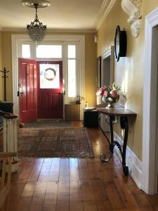 Denaut Mansion Country Inn - Accommodation - Delta