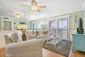 Ocean View Condo, Private Porch, Heated Pool and Hot Tub, Case vacanze  Coquina Gables - big - 19