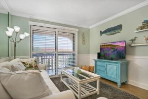 Ocean View Condo, Private Porch, Heated Pool and Hot Tub, Case vacanze  Coquina Gables - big - 21