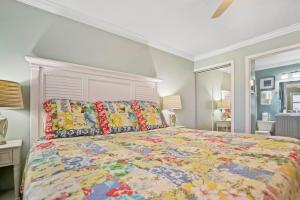 Ocean View Condo, Private Porch, Heated Pool and Hot Tub, Case vacanze  Coquina Gables - big - 31