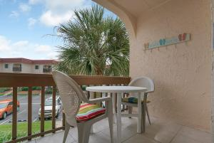 Ocean View Condo, Porch, Heated Pool, Hot Tub, Holiday homes  Coquina Gables - big - 27