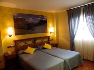 Hotel Arnal, Отели  Эскалона - big - 43