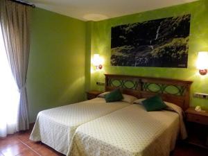 Hotel Arnal, Отели  Эскалона - big - 38