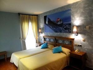 Hotel Arnal, Отели  Эскалона - big - 16
