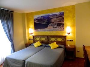 Hotel Arnal, Отели  Эскалона - big - 45