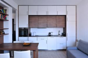 Bilocale tutto nuovo comodo moderno molto luminoso - AbcAlberghi.com