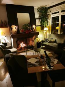 Location gîte, chambres d'hotes Hotel restaurant L'Aunette Cottage dans le département Oise 60