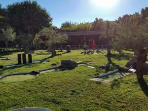 Complejo Turístico Las Cañadas, Casas de Campo y Bungalows, Villaggi turistici  Baños de Montemayor - big - 67