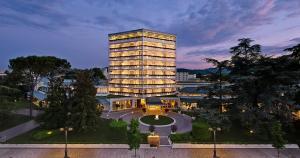 Tritone LUXURY HOTEL THERMAE &..