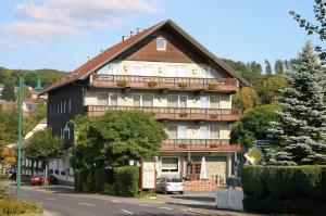 Gasthaus zur Quelle - Alpenrod
