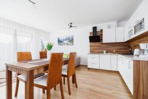 Apartament Szarotka Kierpcówka 16 Kościelisko by Renters