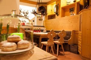Am Dorfplatz Suites - Adults only, Hotely  Sankt Anton am Arlberg - big - 65