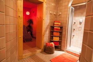 Am Dorfplatz Suites - Adults only, Hotely  Sankt Anton am Arlberg - big - 145