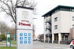 Hotel De Druiventros, Тилбург