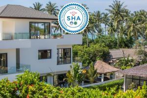 Beachside Villa Pina Colada with beachclub and hotel facilities