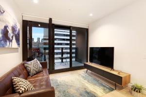 Orange Stay at Melbourne Quarter