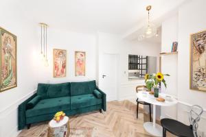 Park Lane Apartment LEA
