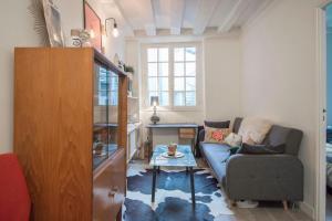 Superb Apartment Faubourg Saint-Denis