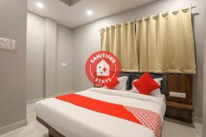 OYO 48179 Hotel Shankar