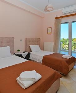 VILLA KONSTANTINOS 6 bedrooms Aegina Greece