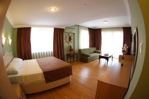 Hotel Dost, Hotely  Marmaris - big - 72