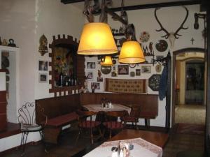 Hotel Ungarische Krone, Hotel  Bruckneudorf - big - 10