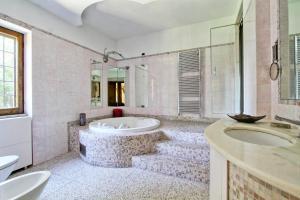 Villa Catacombe by Holiday World - abcRoma.com