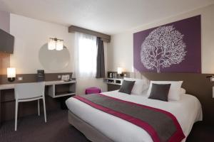 Kyriad Saint-Etienne Centre - Hotel - Saint-Étienne