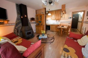 Apartment with one bedroom in Espot with wonderful mountain view enclosed garden and WiFi