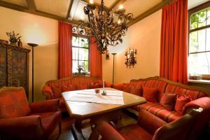 Romantik Hotel & Restaurant Fürstenhof, Hotely  Landshut - big - 65