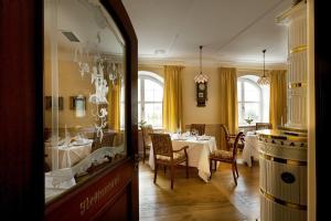 Romantik Hotel & Restaurant Fürstenhof, Hotely  Landshut - big - 57