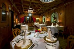 Romantik Hotel & Restaurant Fürstenhof, Hotely  Landshut - big - 62