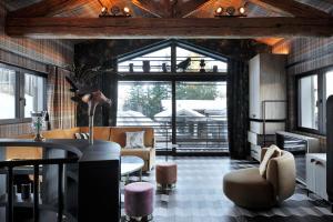 CHALET IKAMIUT - Hotel - Courchevel