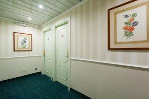 Hotel Flora, Отели  Милан - big - 85