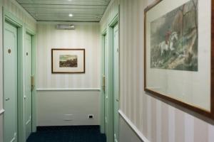 Hotel Flora, Отели  Милан - big - 87